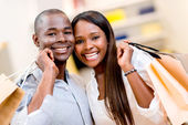 Happy shopping couple — Stock Photo