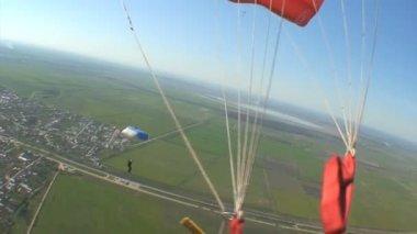 Parachutists in flight — Stock Video