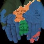 Corea del Norte - Corea del sur en nuestras manos — Foto de Stock