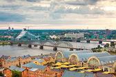 Paisagem urbana de riga, letónia, academia letão — Foto Stock