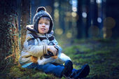Portrait of little boy outdoors on cold day — Stock Photo