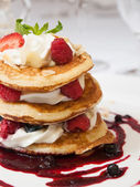 Raspberry pancake — Stock Photo