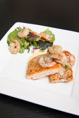 Salmon and Shrimp — Stock Photo