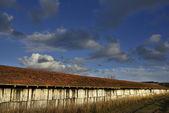 Oude fabriek schuur — Stockfoto