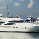 Luxury Motor Yacht — Stock Photo #32115501