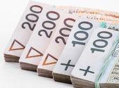 Stapel pools geld — Stockfoto