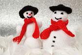 Two crochet snowmen — Zdjęcie stockowe