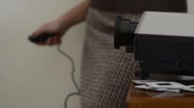 Slide Projector Woman — Stock Video