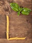 The letter L with pasta — Foto de Stock