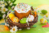 Easter cake and l eggs — Stock Photo