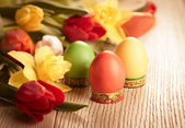 Vintage style  flowers and easter eggs — Stock Photo