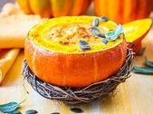 pumpkin soup with pumpkin seeds  — Stock Photo