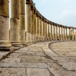 Ancient Greek and Roman columns in Jerash, Jordan — Stock Photo #37438069