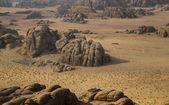 Wadim rum deserto con forme tipiche di pietra, jordan — Foto Stock