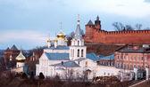 Panorâmica primavera abril ver os igreja e kremlin de níjni novgorod — Fotografia Stock