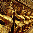 Golden sculptures in the Golden Palace in Bangkok. — Stock Photo