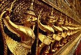 Golden sculptures in the Golden Palace in Bangkok. — Stock Photo