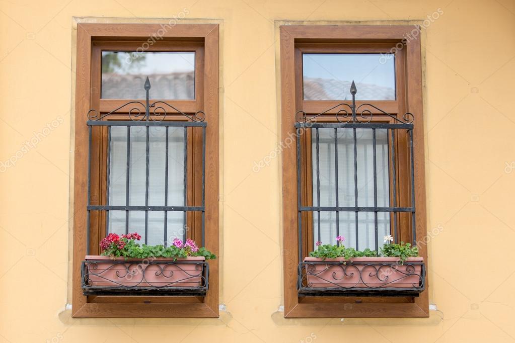 Deux fen tres avec des barres photographie oocoskun for Ouvrir fenetre javascript