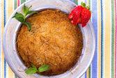 Kunefe, Turkish Dessert on a picnic cloth — Stock Photo