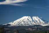 Mount St. Helens on a clear day — Stock fotografie