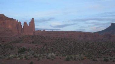 Utah Landscape at Sunset slow pan — Stock Video