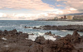View Punta Brava village on the island of Tenerife in Spain, are their houses on the slopes of the sea — Stock Photo