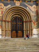 Little boy at Uspenski Cathedral — Stock Photo