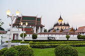 Wat Ratchanadda - thai temple — Stock Photo
