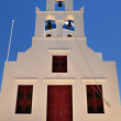 Famous white church in Santorini with blue sky in Greece — Stock Photo