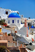 Greek white church in Oia village, Santorini — Stock Photo