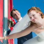 Happy newlyweds on walk — Stock Photo #42193771