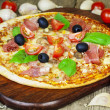 Delicious Italian fresh pizza — Foto de Stock