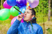 Boy in birthday party — 图库照片