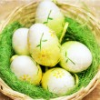 Easter eggs on grunge vintage background — Stock fotografie