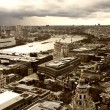 London panorama from St. Paul cathedral - 图库照片
