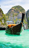 Thailand ocean landscape. Exotic beach view and traditional shi — Stock Photo