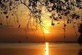Sunset at Southern Lake Thailand. — Stock Photo