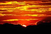 Ciel coucher de soleil, au lac songkhla, Thaïlande. — Photo