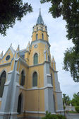 Thai temple in Christian church style (Wat Niwet Thammaprawat Go — Stock Photo
