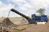 Dokumentförstörare maskin på en återvinning gård — Stockfoto