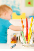 Little boy with pencil — Stockfoto