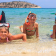 Three girl in the tropical sea — Stock Photo