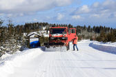 Cleaning snow from the road — Stock Photo