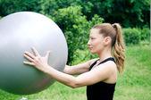 Praticar pilates — Foto Stock