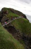 Carrick-a-rede rope bridge, antrim coast, northern ireland — Stock Photo