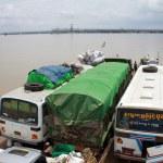 Irrawaddy river crossing in Pakokku — Stock Photo #9866931