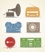 Digital and analogue music players icons — Stock Vector