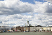 Harbor front and helsinki cathedral seen from the water — Foto Stock