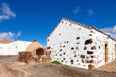 Antigua casa — Foto de Stock