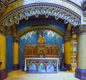 Iconostasis of the Catholic Church — Stock Photo
